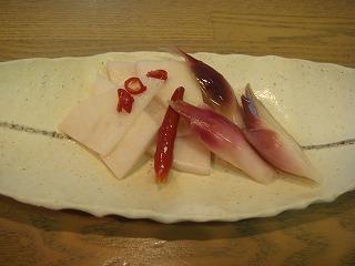 白馬の野菜でピクルス